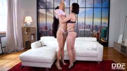 Lady Dee Handles Andreina's Juicy Butt