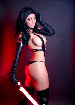 Jessica Nigri As Kylo Ren